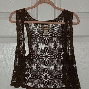 Mudd crochet crop vest